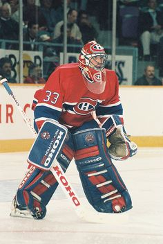 Patrick Roy Hockey Goalie, Hockey Teams, Ice Hockey, Hockey Stuff, Montreal Canadiens, Patrick Roy, Saint Patrick, Goalie Mask, Nfl Fans