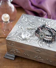 pewter jewelery box  - I just love pewter