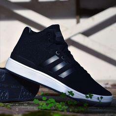 Adidas Veritas inspirado nos pares de basquete do acervo da marca, têm sua aparência básica em tecido anatômico, além  de sua palmilha fitfoam! #lojavirus #lojavirus41 #adidas #adidasveritas #veritas #adidasoriginals #original #adidasshoes #adidasoriginal #instastyle #instashoes #instapic #instagood #instaadidas