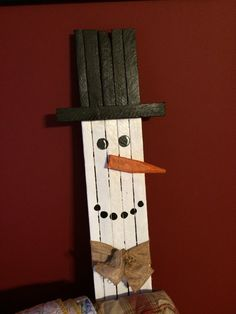 Tobacco stick snowman by tonyasmemorylane on Etsy Primitive Christmas Crafts, Country Christmas Decorations, Snowman Crafts, Diy Halloween Decorations, Christmas Art, Christmas Projects, Holiday Crafts, Christmas Ideas, Christmas Stuff