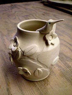Handmade Pottery and ceramics on like combo of impressed design with raised click the image or link for more info. Hand Built Pottery, Slab Pottery, Thrown Pottery, Pottery Vase, Ceramic Pottery, Pottery Handbuilding, Tadelakt, Clay Vase, Ceramics Projects