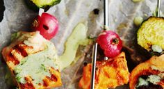 Piimästä tehty kastike on raikas ja sopii loistavasti grillatulle kalalle.