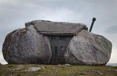 """""""Stone house"""" Nas montanhas de Fafe, Portugal"""