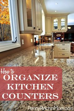 How to organize kitchen counters. Trying to organize your home but not sure where to start? This is a simple, easy to follow list of how to organize your kitchen counters. DIY life organization!