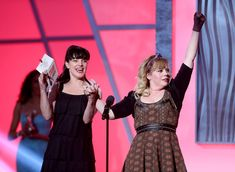 Kirsten Vangsness Photos Photos - Presenters Pauley Perrette (L) and Kristen Vangsness speak onstage at the Annual Streamy Awards at Hollywood Palladium on February 2013 in Hollywood, California. - Annual Streamy Awards - Show Kirsten Vangsness, In Hollywood, Hollywood California, Kelli Berglund, Pauley Perrette, Saints And Sinners, Amazon Prime Video, Entertainment Weekly, I Icon