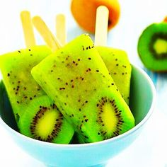 My two favorite fruits! Kiwi pineapple popsicles make a refreshing treat anytime. Kiwi Pineapple Popsicles Recipe from Grandmothers Kitchen. Pineapple Popsicles, Fruit Popsicles, Homemade Popsicles, Fruit Lollies, Fruit Ice, Bbq Pineapple, Homemade Ice, Nutritious Snacks, Healthy Snacks For Kids