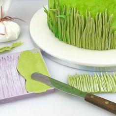 Modeling Chocolate, Chocolate Molds, Grass Cake, Sheep Cake, Karen Davies, Clay Animation, Icing Tips, Cake Craft, Big Cakes