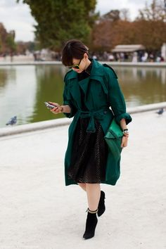 Green trench & clutch
