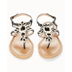 Soma Olivia Miller Black Stone Flat Sandals ($34) ❤ liked on Polyvore featuring shoes, sandals, black, beach footwear, flat shoes, kohl shoes, stone sandals and black shoes