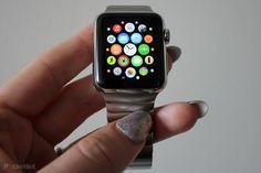 Best Apple Watch apps: 21 apps that actually do something - Pocket-lint Apple Watch Hacks, Best Apple Watch Apps, Apple Watch Iphone, Apple Watch Series 2, Apple Apps, Apple 5, Apple Watch Fashion, Iphone Stand, Apple Watch Accessories