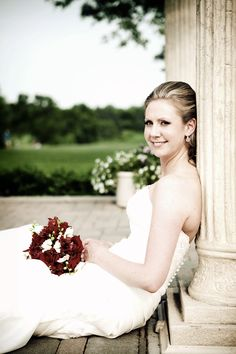pretty bride! Photo by Travis #Minnesota #weddings #Minnesotaweddingphotography