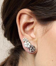 Earrings in focus | PANDORA