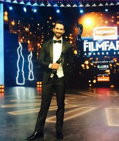 #ShahidKapoor won the #BestActor award for #Haider