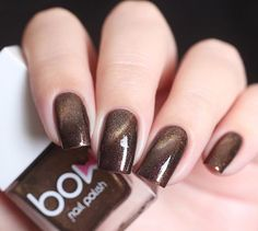 This shimmery brown magnetic nail polish is sure to get your nails looking gorgeous with ultimate flare. Collection: Magnetic Recommended 2 coats or 1 coat over a black base. Magnets are sold separate