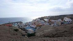 San Miguel de Tajao - Tenerife - España 45 kms de Santa Cruz de Tenerife Situado en el municipio de Arico es un pueblo que siempre ha vivido de la pesca y que los fines de semana se llena de gente capitalina que viene a probar su gastronomía