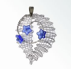 Lace Heart, Lace Jewelry, Bobbin Lace, Lace Detail, Jewelry Ideas, Belly Button Rings, Butterfly, Accessories, Doilies