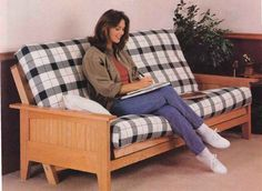 Wood Futon Frame Plans How To Build Furniture Mattress