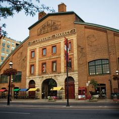 Lawrence Market, Toronto, Canada This is the south building. Voted the best market in the world. Closed Sunday and Monday. There is a north market too - open Saturday - food. And on Sunday, it's an antique market (north market only). Visit Toronto, Toronto City, St Lawrence Market Toronto, Ottawa, Ontario, Best Restaurants In Toronto, Vancouver, Quebec Montreal, Canada Eh