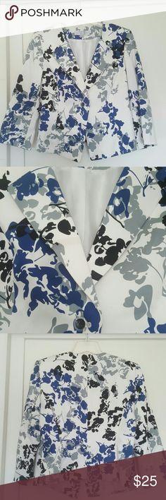 Tahari Arthur S Levine Petite Jacket 97% cotton  3% spandex  42 bust  20.5 length  19 sleeve Tahari Jackets & Coats