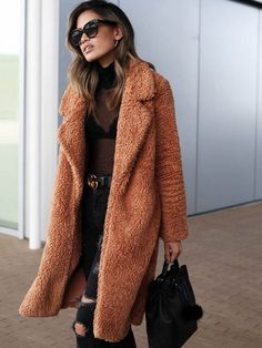 Coats For Women, Jackets For Women, Clothes For Women, Winter Coats Women, Fashion Week, Winter Fashion, Fashion Coat, Trendy Fashion, Style Fashion