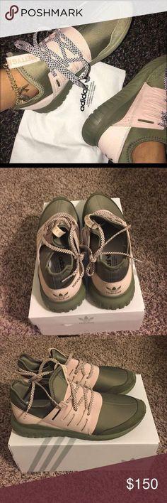 14 Best Sepatu berlari images   Shoe boots, Me too shoes