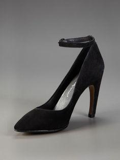 Modern Vintage High Heel Pointed-Toe Pump