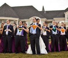 For the bride & groom that love superheroes #wedding #bridalparty #weddingphotos