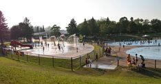 Huge splash pad at Petticoat Creek Pickering (and a cliff trail)