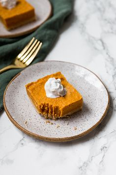 These paleo and AIP pumpkin pie bars are the perfect Thanksgiving dessert! Serve them topped with coconut cream, and you've got the real deal. Paleo Pumpkin Pie, Pumpkin Pie Bars, Pumpkin Dessert, Paleo Dessert, Pumpkin Recipes, Dessert Recipes, Paleo Recipes, Desserts, How Sweet Eats