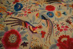 Manton de Manila Antiguo de seda bordado a mano en perfecto estado - Colecciones - Antigüedades Floral Embroidery, Embroidery Stitches, Hand Embroidery, Machine Embroidery, Embroidery Designs, Flamenco Dancers, Spanish Fashion, Forest Fairy, Graphic Prints