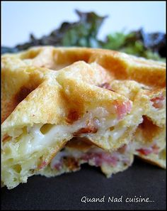 Savory waffles with mozzarella, sundried tomatoes and bacon - When Nad cooks . - Savory waffles with mozzarella, sundried tomatoes and bacon – When Nad cooks … - Crepes, Tapas, Savory Waffles, Tomate Mozzarella, Salty Foods, Street Food, Food Inspiration, Love Food, Breakfast Recipes