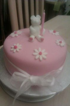 Pink bear and flower cake