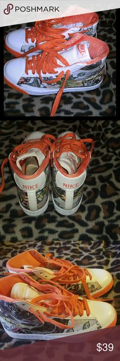 High-top tennis fun pair Nike sz.4.5 gently worn great condition high top rather sporty & cute Nike Shoes Sneakers