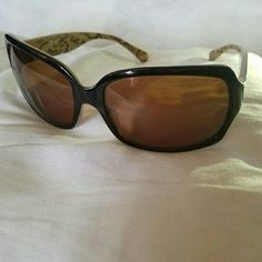 Coach Brown Ginger Sunglasses EUC Coach Ginger brown scribble sunnies.  Brown lens.  No scratches or noticeable wear.  Only wore a handful of times. Comes from a clean, smoke-free home. Coach Accessories Sunglasses