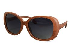 A fashion style, Wooden Made sunglasses www.woodenmade.nl