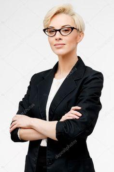Business Portrait, Corporate Portrait, Corporate Headshots, Portrait Poses, Studio Portraits, Female Portrait, Photography Women, Portrait Photography, Headshot Posen