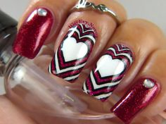 Red and white concentric hearts