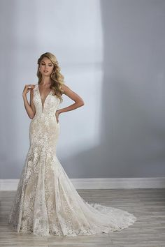 Jacquelin style 19108. Available @ Low's Bridal.