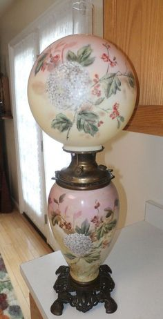 "ANTIQUE VICTORIAN GWTW BANQUET B&H  1800'S OIL LAMP 30""T  ORIGINAL hand painted #Victorian #MADEINTHEUSAOFAMERICA"