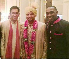 The bridegroom Suresh Raina is flanked by India's One-day captain Mahendra Singh Dhoni and Chennai Super Kings teammate Darren Bravo