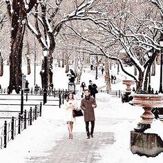 Snowfall in the city. #winterwonderland #snow #photography