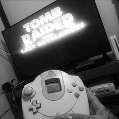 On instagram by rick_tattooscp #dreamcast #microhobbit (o) http://ift.tt/1Vegymb o play   Sega Dreamcast  Nostalgia total Tomb Raider Last Revelation   #videogames #videogame #nostalgia #nostalgic  #tombraider #laracroft #eidos #descanso #gamer  #descansomerecido #borajogar #oldschool#paixão #geek #nerds #blackphoto #sega #console #dark  #gamerink #melhor  #segadreamcast #tattooist #tattooartist #t2me #tattoo2me #tattoscute #tatuadores