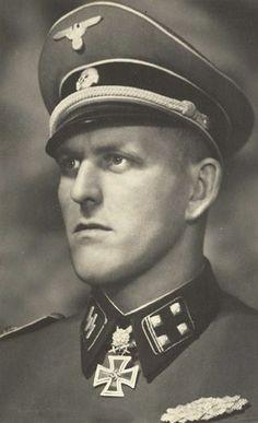 SS-Obersturmbannführer Hans Dorr.