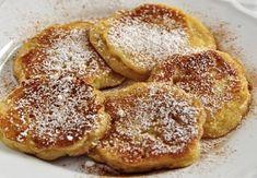 I pancake alle mele è un dessert sano e molto nutriente,consigliato a tutti e soprattutto a bambini, adolescenti, atleti e anziani, poiché ci fornisce proteine di alto valore biologico, calcio essenziale per le nostre ossa e carboidrati che ci danno energia per svolgere le nostre attività. Questi pancakes sono ideali per una colazione dolce e fruttata. Vi occorreranno solo pochissimi ingredienti ed un po' di fantasia e la ricetta vi sorprenderà! Potete evitare quindi di comprare merendine… Baby Food Recipes, My Recipes, Cooking Recipes, Breakfast Dessert, Breakfast Recipes, Healthy Meals For Kids, Easy Meals, Manger Healthy, Brunch