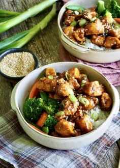 Sesamkylling Mat, Kung Pao Chicken, Ethnic Recipes, Food, Red Peppers, Meal, Essen, Hoods, Meals