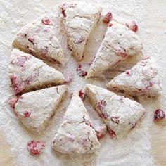Fresh Strawberry Scones | foodraf