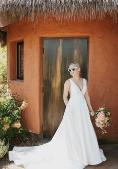 Shop Wedding Dresses, Bridesmaids, Bridal Gowns, Robes, and Formal Guests Most Beautiful Wedding Dresses, Bridal Skirts, Bride Flowers, Wedding Dress Shopping, Bridal Looks, Marie, Wedding Gowns, Ball Gown, Summer Wedding