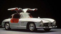 """Der von 1954 bis 1957 gebaute Mercedes 300 SL Coupe, genannt """"Pagode"""", ist heute ein millionenteures Investmentobjekt. (Quelle: Daimler AG)"""