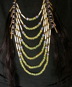 bone beads and horse hair attatched with cones Native American Jewellery, Native American Regalia, Native American Artifacts, American Jewelry, Indian Necklace, Indian Jewelry, Sioux, Crow Indians, Beadwork Designs