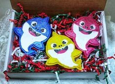 Baby shark scent in Fruit Loops type fragrance filled with embeds.Nut Allergy free and Vegan Water soluble dyes-so no staining of tub or skin. Halloween Bath Bombs, Christmas Bath Bombs, Cute Shark, Baby Shark, Bath Girls, Kids Bath, Black Bath Bomb, Unicorn Bath Bombs, Gifts For My Sister